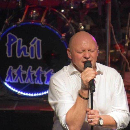 Die Band Phil mit Songs of Phil Collins und Genesis live im Schlachthof Bremen 2019